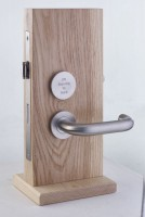 Zoo Hardware Lift to Lock Disabled Bathroom Lockset SSS £85.36