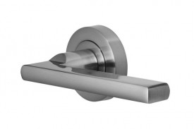 Door Handles Vision Designer Vela Lever on Round Rose Polished Chrome 5200 £13.26
